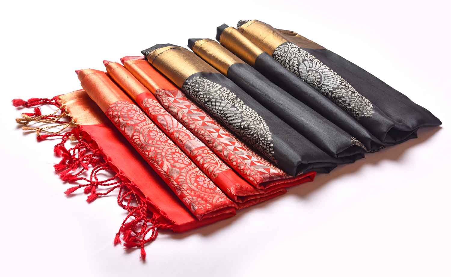 Black with Red Pallu Soft Silk Saree