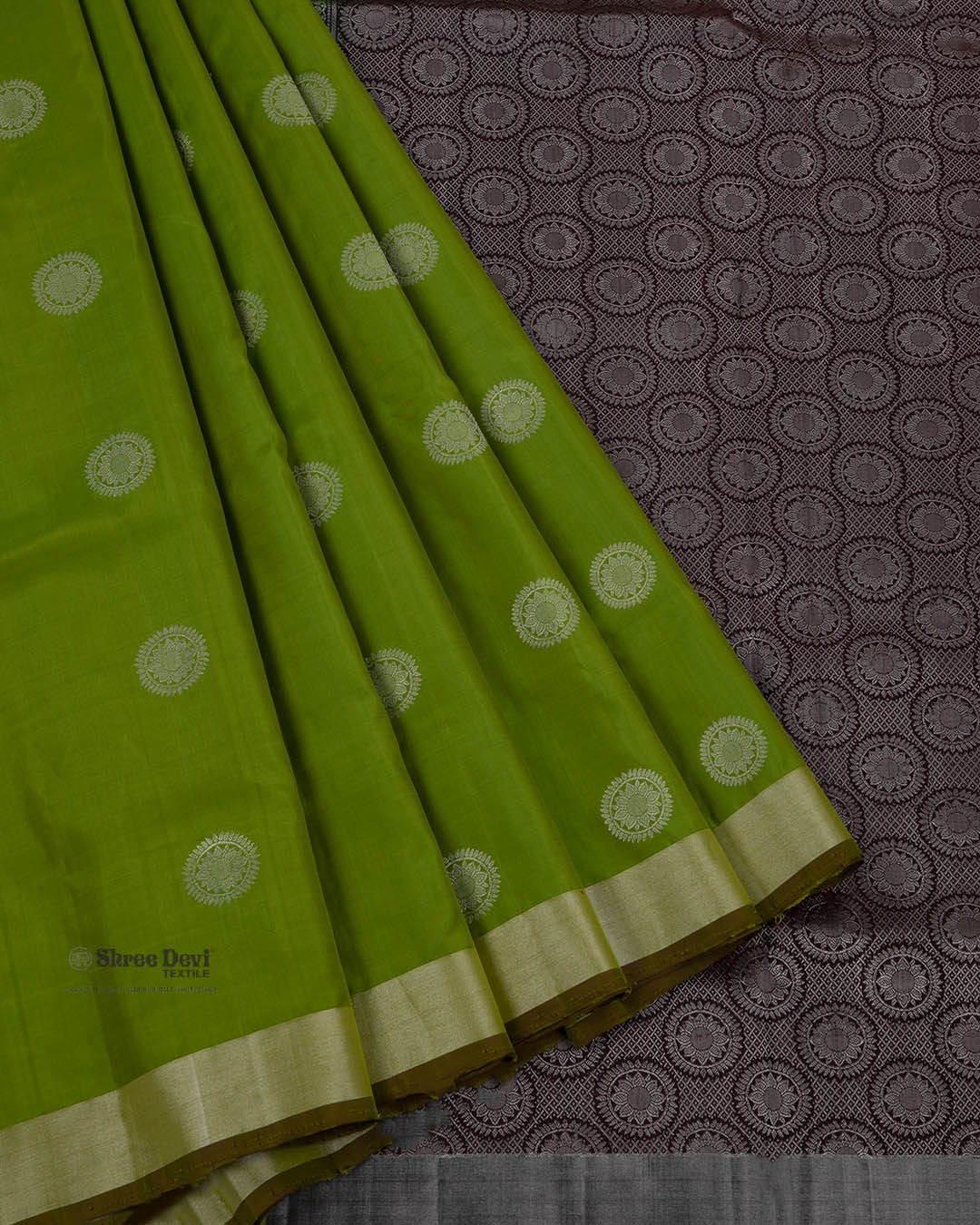 Apple Green Elite Motif Kancheevarams Silk Saree