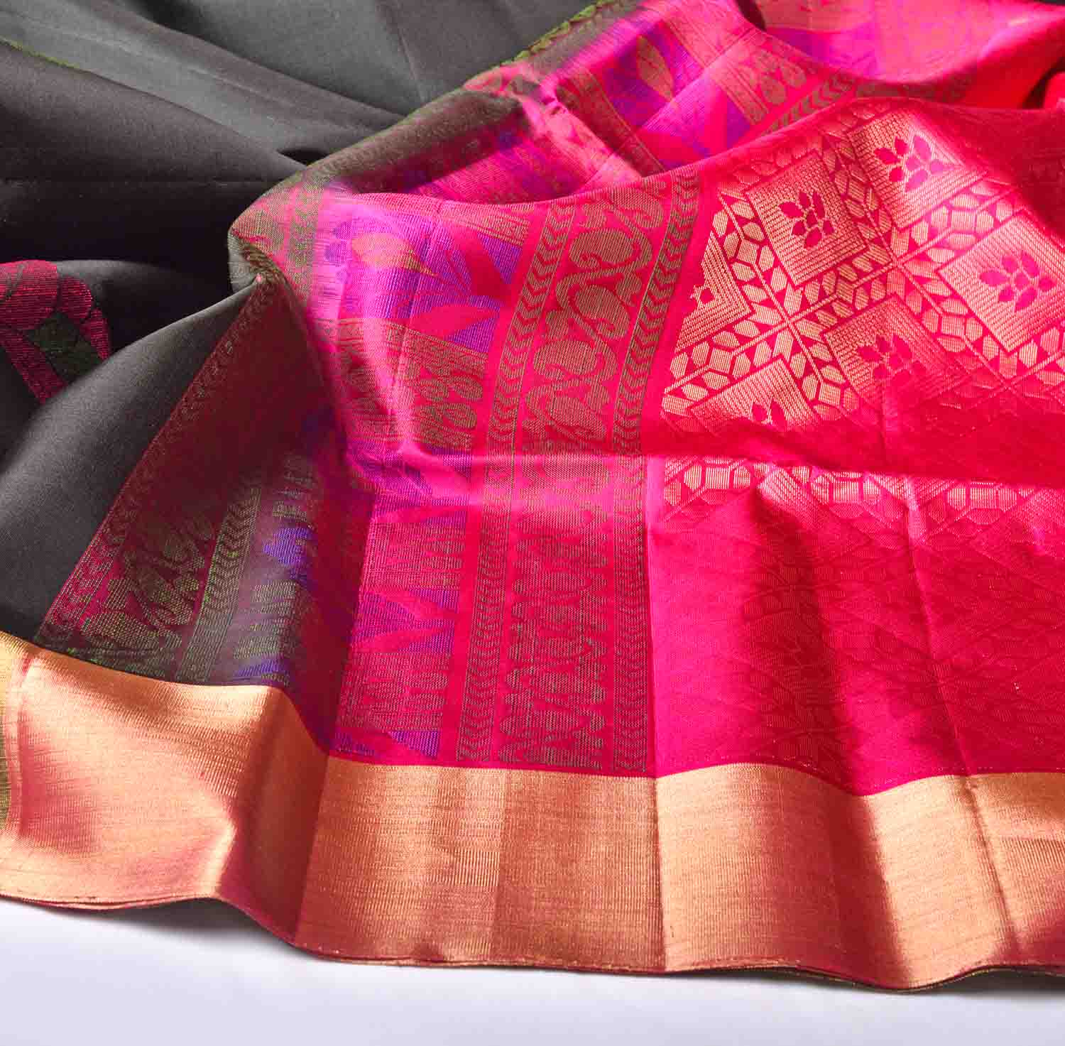 Black with Pink Pallu Soft Silk Saree